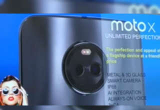 Moto X4 with dual rear cameras showing